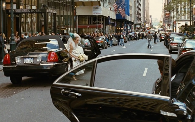 Lincoln-Town-Car-Stretched-Limousine-Sex-and-the-City-2